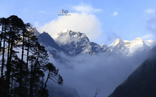 Makalu to Everest High Pass Trekking
